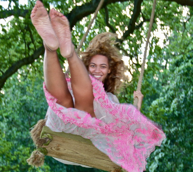 Beyonce in a picture uploaded to her Tumblr.