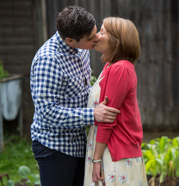Anthony Moon and Alice Branning kiss in EastEnders