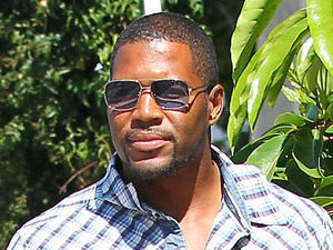 Nicole Murphy and Michael Strahan out and about at The Malibu Country Mart - Los Angeles, California - 29.07.12 Mandatory Credit: revolutionpix/WENN.com