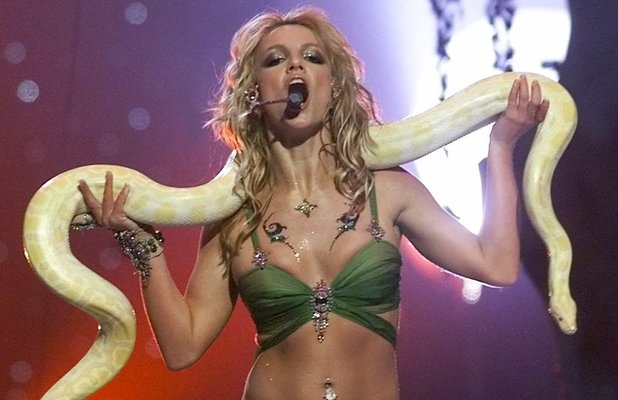 Britney Spears at the MTV Video Music Awards in 2001.