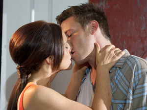Rhys and Cindy kiss in Hollyoaks