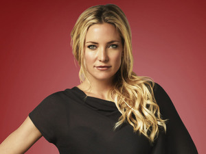 Kate Hudson as Cassandra in Season 4 of Glee.