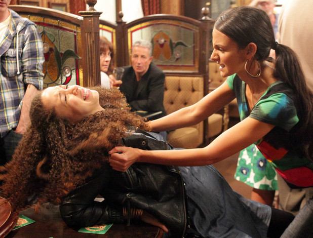 Tina flies at Kirsty in Coronation Street