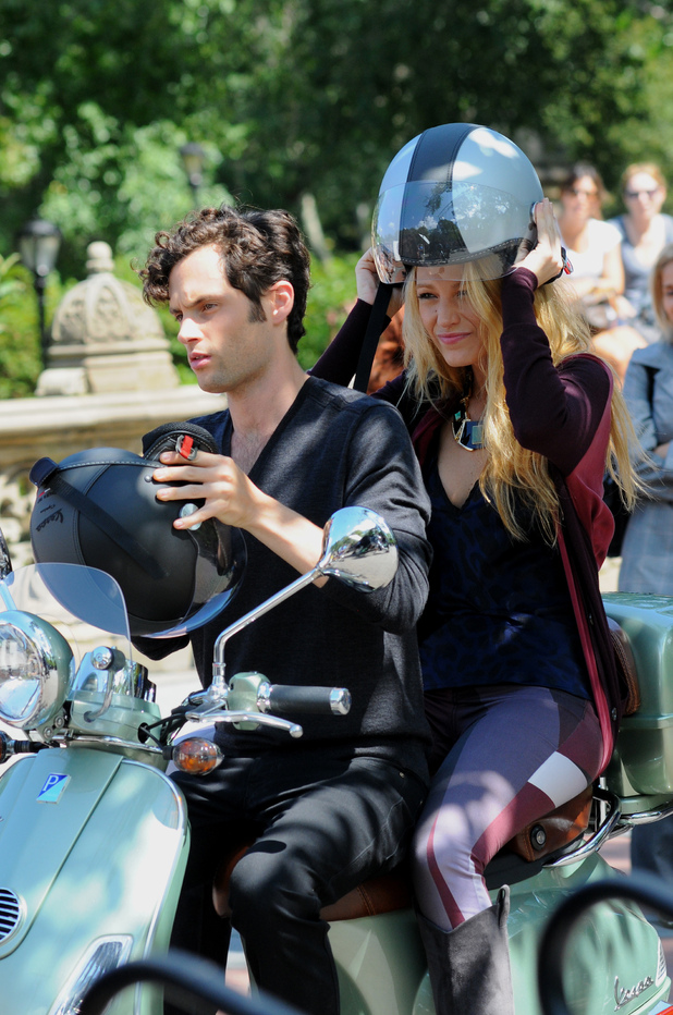Blake Lively and Penn Badgley ride a Vespa scooter on the set of 'Gossip Girl' in Central Park