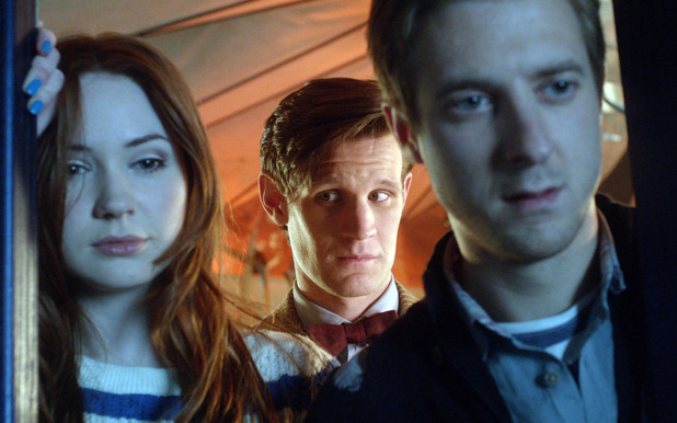 Doctor Who S07E02: &#39;Dinosaurs on a Spaceship&#39; - Amy Pond (Karen Gillan), The Doctor (Matt Smith) and Rory Williams (Arthur Darvill)