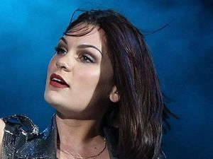 miss mode:  jessie j radio 2 live