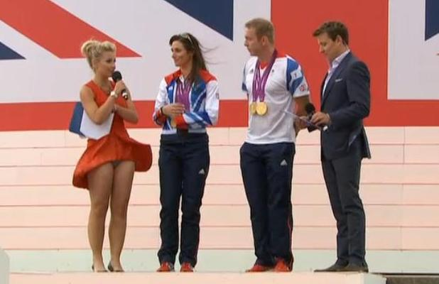Helen Skelton accidental knicker flash