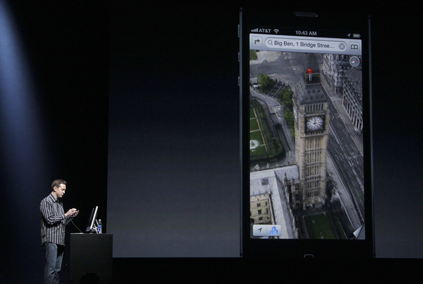 iPhone 5 launch event: Scott Forstall, Apple's senior vice president of iOS Software, shows features on the iPhone 5 during an Apple event in San Francisco, Wednesday, Sept. 12, 2012.