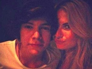 Harry Styles, Emma Ostilly
