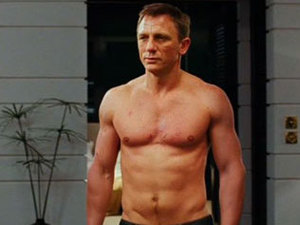 Daniel Craig, topless, James Bond