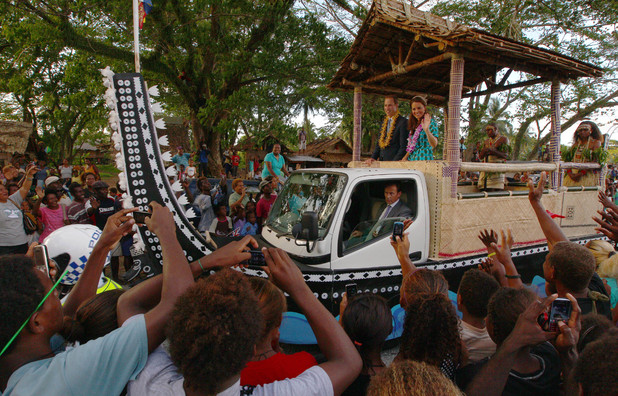 Duchess of Cambridge, Prince William, truck decorated as a canoe