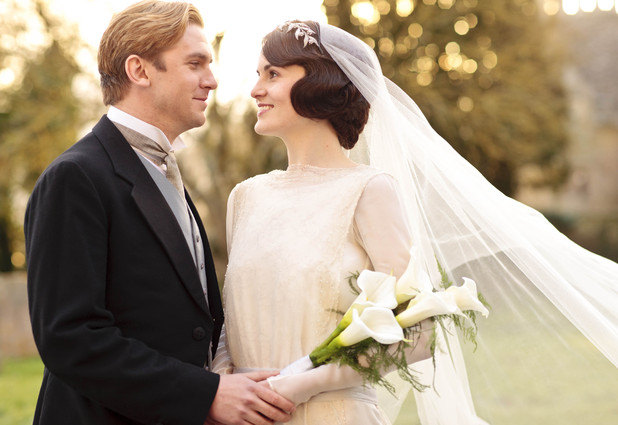 Mary and Matthew marry in Downton Abbey