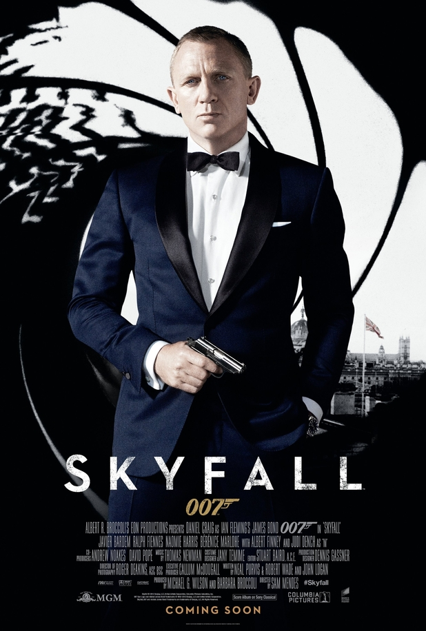 Skyfall poster, Daniel Craig, James Bond