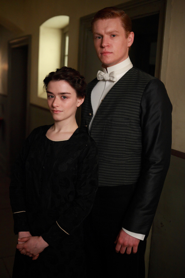 Lucille Sharp as Reed, Matt Milne as Alfred