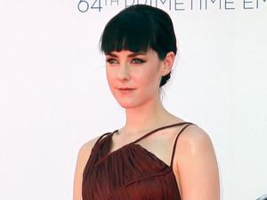 Jena Malone 64th Annual Primetime Emmy Awards, held at Nokia Theatre L.A. Live - Arrivals Los Angeles