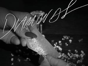 Rihanna &#39;Diamonds&#39; single artwork.