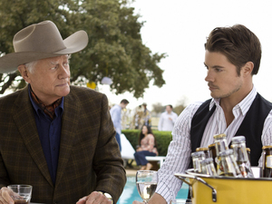 Dallas S01E04 - 'The Last Hurrah': Larry Hagman as J.R. Ewing and Josh Henderson as John Ross Ewing