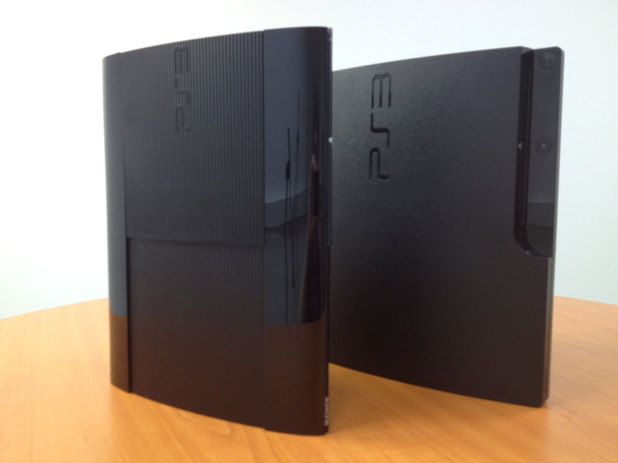Next The super slim PS3 compared to the original slim PS3 13 of 15Ps3 Super Slim Vs Xbox 360 Slim