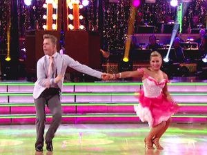 Dancing With The Stars S15E03: Derek Hough and Shawn Johnson 