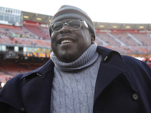 Comedian Cedric the Entertainer is shown before an NFL football game between the San Francisco 49ers and the Pittsburgh Steelers in San Francisco, Monday, Dec. 19, 2011.