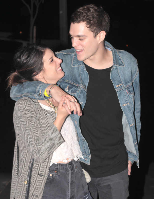 Shenae Grimes, Josh Beech