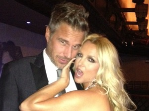 Britney Spears, Jason Trawick, twitter