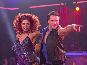 Dancing With The Stars S15E05: Anna Trebunskaya and Drew Lachey 