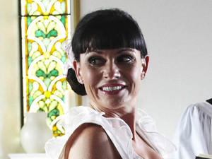 6370: Chas&#39; nerves are in tatters as her wedding ceremony begins. Will Chas and Dan tie the knot uninterrupted?