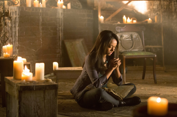 The Vampire Diaries S04E01: 'Growing Pains'