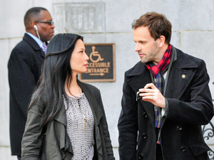 """Pilot""-- ELEMENTARY stars Jonny Lee Miller as detective Sherlock Holmes and Lucy Liu as Dr. Joan Watson in a modern-day drama about a crime solving duo that cracks the NYPD...Photo Credit: John Paul Filo.©2012 CBS BROADCASTING INC. ALL RIGHTS RESERVED."