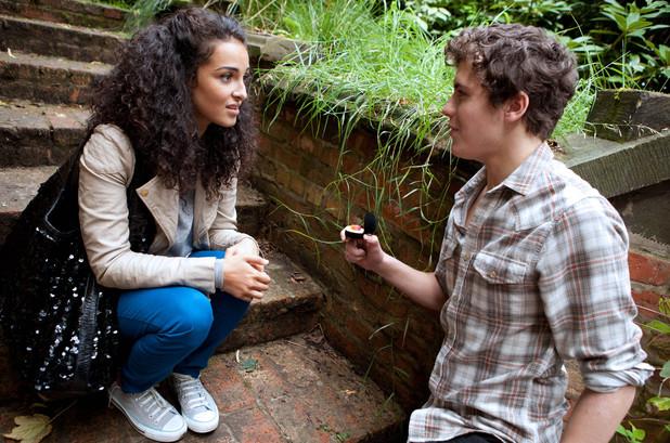 Hollyoaks: 3465: 2012-11-02