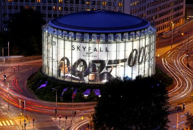 New Bond movie Skyfall prepares for its London premiere by dominating Europe's biggest advertising opportunity – the IMAX. This is actor Daniel Craig's third appearance on the 17282 metre iconic advertising banner, making him the new record holder (both Tom Hanks and Christian Bale have appeared twice).