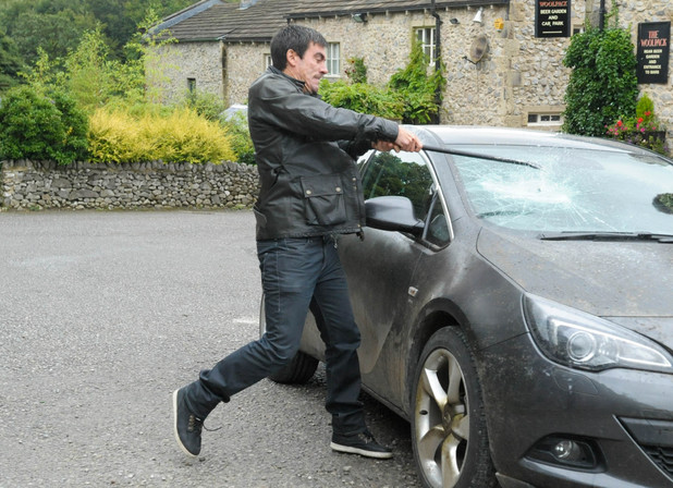 Cain Dingle wants revenge in Emmerdale
