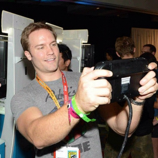 Nintendo Instagram 'Scott Porter enjoying Wii U'