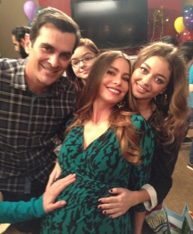 Modern Family's Ty Burrell, Sofia Vergara, Sarah Hyland and Ariel Winter