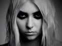 Taylor Momsen strips naked in new promo video for upcoming single.