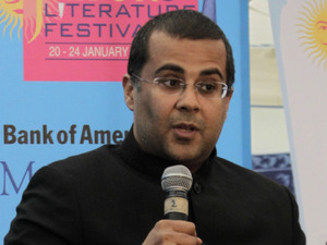 Journalist John Elliott, left, talks to Indian author, columnist, and speaker Chetan Bhagat at the Jaipur Literature Festival, in Jaipur, in the western Indian state of Rajasthan, India, Saturday, Jan. 21, 2012.