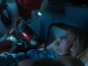 &#39;Iron Man 3&#39; trailer still