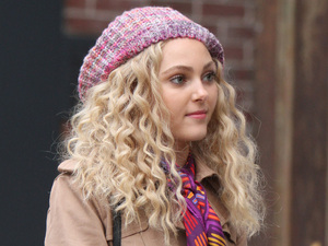Anne Sophia Robb shooting on location for The Carrie Diaries.