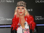 Aguilera accepts 'People's Voice Award'