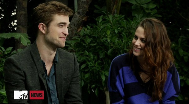Robert Pattinson and Kristen Stewart on MTV News