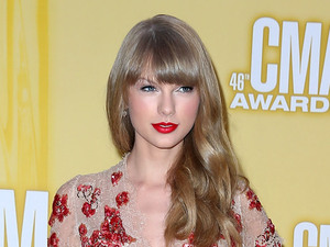 MISS MODE: Taylor Swift 46th Annual CMA Awards Inside Bridgestone Arena In Nashville Tennessee, USA - 01.11.12 Mandatory Credit: Judy Eddy/WENN.com