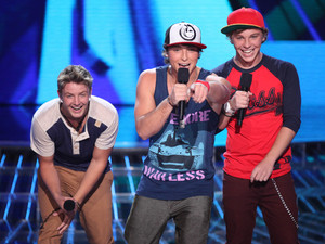 The X Factor USA season 2, live show 1: Emblem3