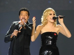 Lionel Richie, Pixie Lott perform at O2 Arena, London