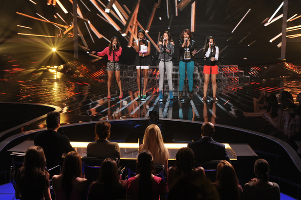 'The X Factor' USA TX Nov 1 - 1432 in the sing-off