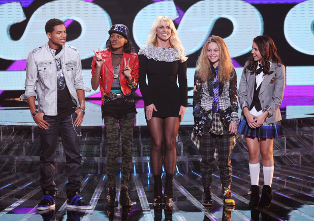 The X Factor USA season 2, live show 1: Britney Spears with the Teens