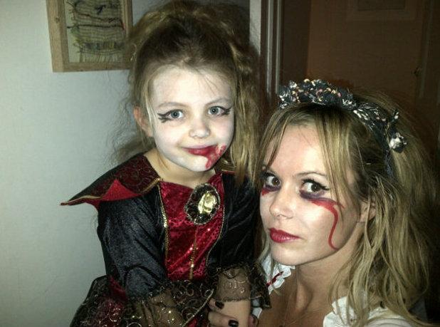 Amanda Holden, halloween, twitter