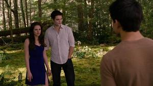 'Twilight Breaking Dawn Part 2' Keep Your Distance clip