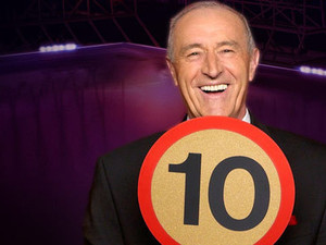 Dancing with the Stars: Len Goodman with &#39;10&#39; paddle