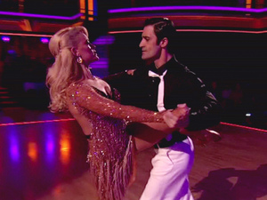 Dancing With The Stars S15E13: Peta Murgatroyd and Gilles Marini 